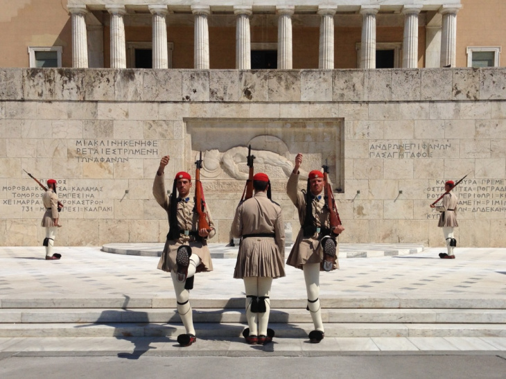 Athens, change of guards, Dace & Gilles photography
